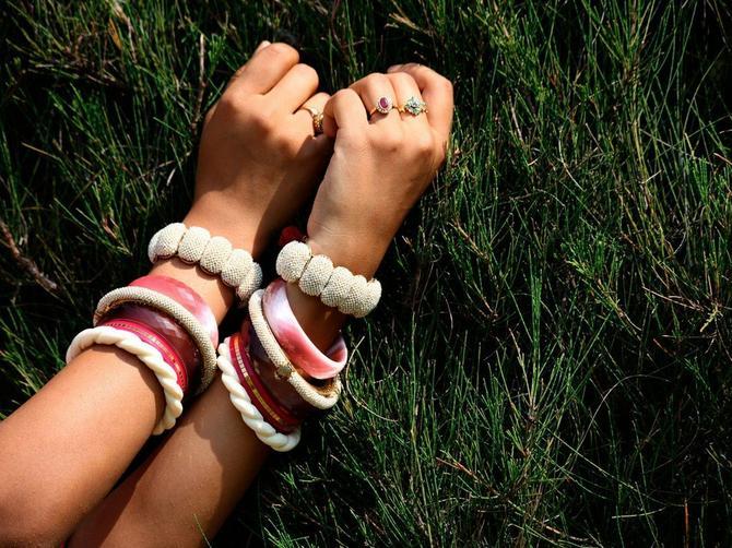 Izbor prsta na koji ćete staviti PRSTEN mnogo govori o vama: IZNENADIĆETE SE, ali ne nose samo osobe u braku prsten na DOMALOM prstu