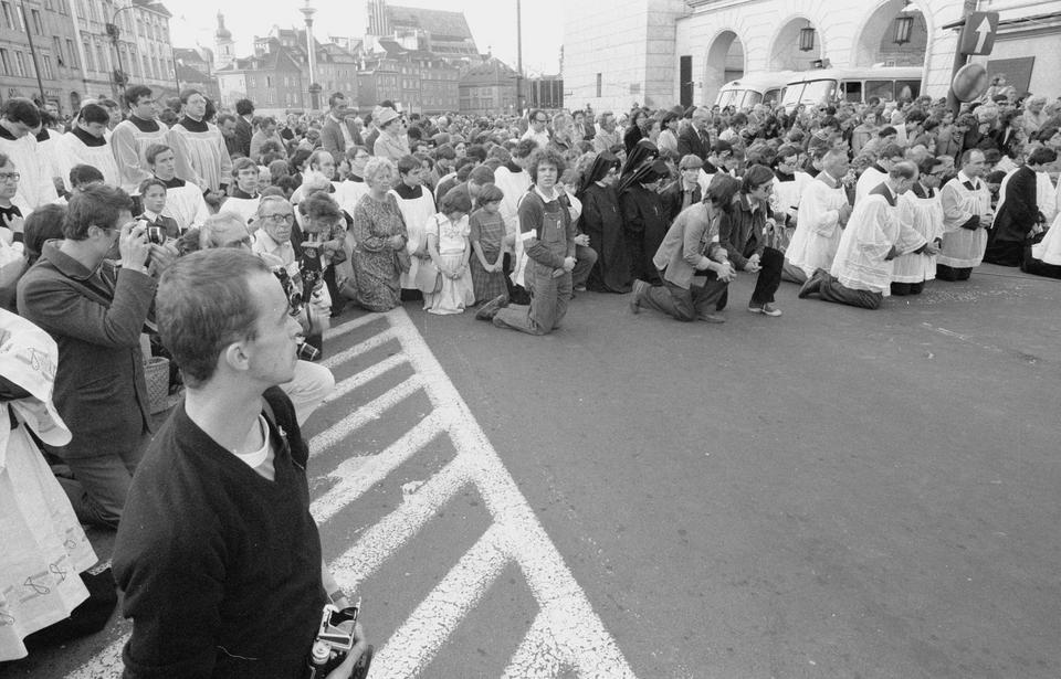 Zamach Photo: Kto Zlecił Zamach Na Papieża Jana Pawła II?