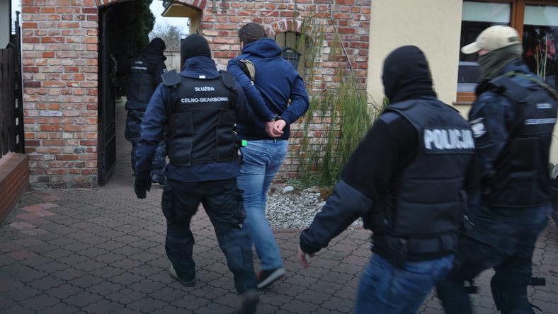 Funkcjonariusze CBŚP zatrzymali trzech mężczyzn