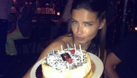 BEZ MARKA Pogledajte sa kim je Adrijana proslavila rođendan!
