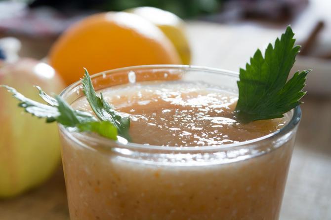 Lišće celera daje poseban šmek ovom napitku