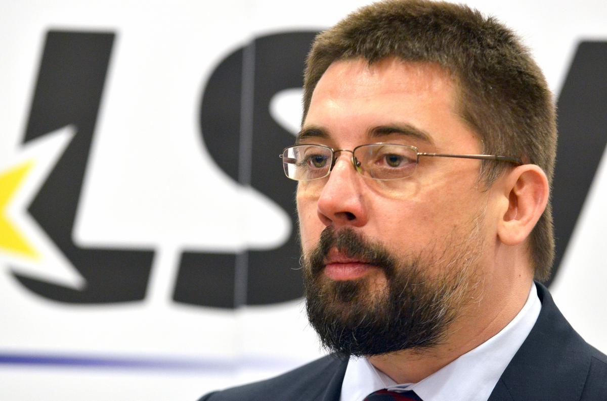 Kostreš: Vlada Srbije slaba, neiskrena i okrenuta centralizmu