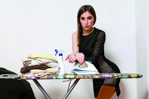 Mila Ćurčić: S peglom se polako, ali sigurno zbližavam!