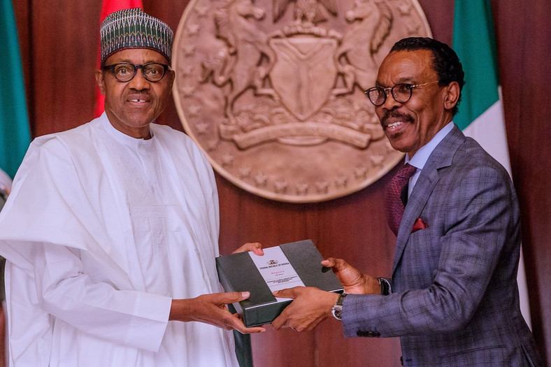 Buhari receives report on implementation of N30,000 National Minimum Wage [Twitter/@MBuhari