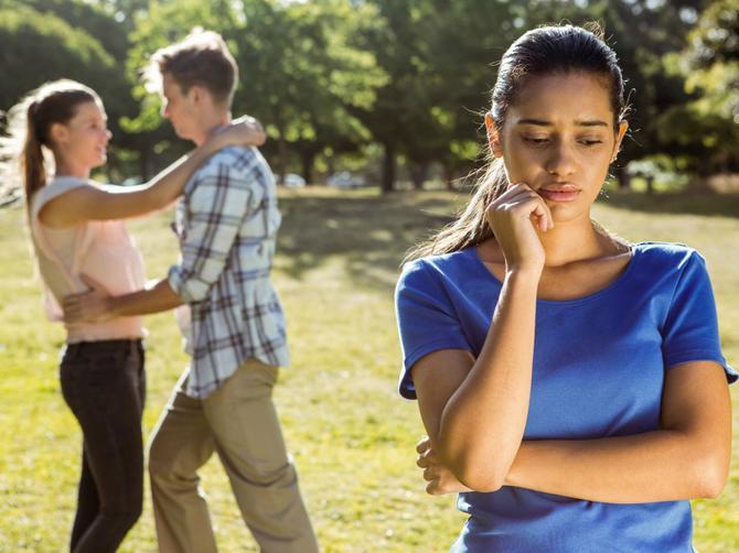 PITAMO VAS Kako varaju žene, a kako muškarci?
