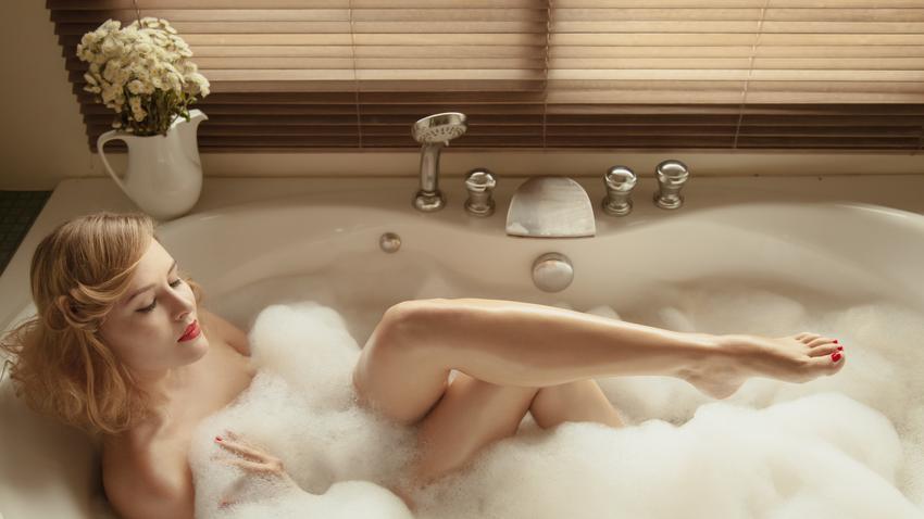 Znalezione obrazy dla zapytania wanna kąpiel