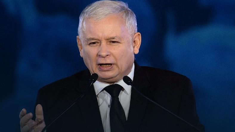 """""""GW"""": Kaczyński sułtanem w państwie rządzonym przez skorumpowanych eunuchów"""