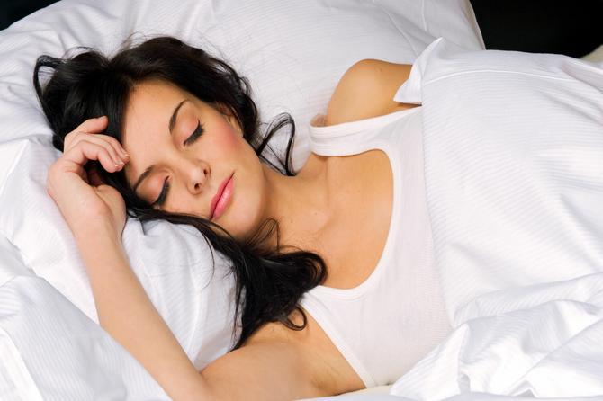 Idealan položaj spavanja za svaku zdravstvenu tegobu