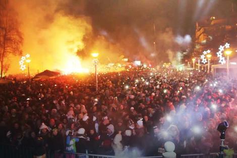 Građani širom Srbije odustali su od dočeka na ulicama i trgovima kako bi tim novcem podržali sugrađane kojima je potrebna pomoć