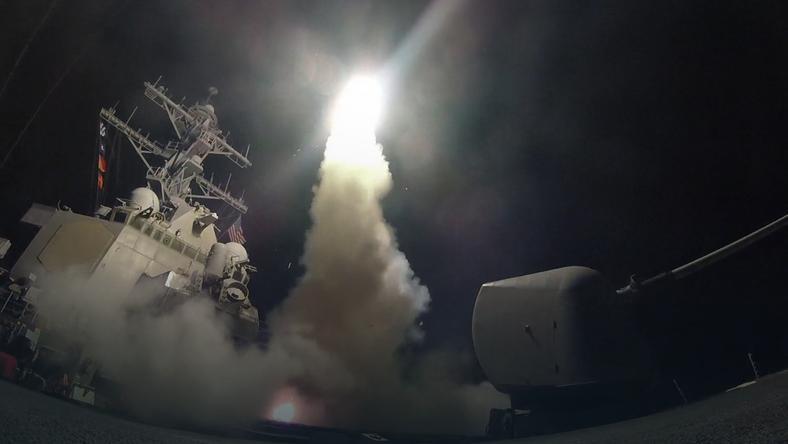 Amerykańskie Tomahawki w drodze nad Syrię