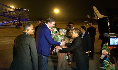 Премьер Сербии встретится в Индии с Дмитрием Рогозиным