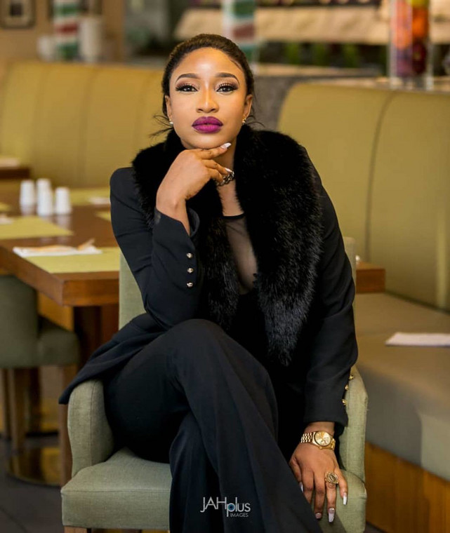 In a tell-it-all video, Tonto alleged that her ex-husband was involved in internet fraud and rituals [Instagram/TontoDikeh]