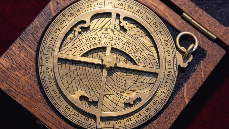 Az arab horoszkóp mindent elmesél rólad illusztráció, fotó: iStock