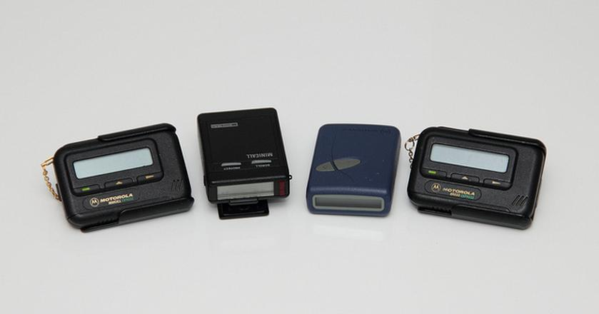 Pager z lat 90.