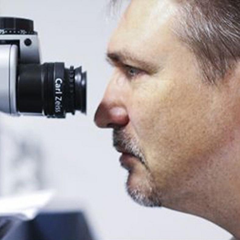 Miért a Sasszemkezelés a legnépszerűbb lézeres szemműtét  - Blikk Rúzs 88caf11bd6