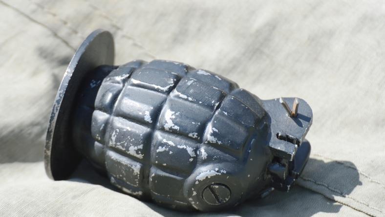 Megsemmisítették a tűzszerészek a XVI. kerületben talált kézigránátot