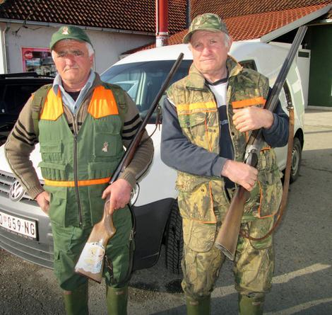 Predrag Panić i Milan Matić, lovci iz ribarice