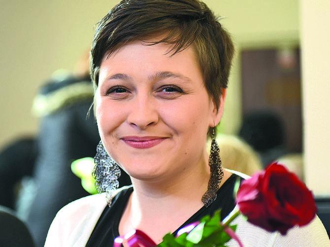 Selena ima 27 godina i pobedila je rak jajnika: Neću biti majka, to boli više od raka!