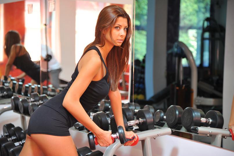 Ćwiczysz, żeby schudnąć? Zobacz, o jakiej porze najlepiej to robić