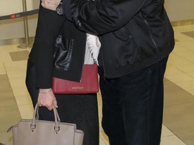 Kada je počela vezu sa ovim političarem, Srbija je bila u šoku: Odbranila je ljubav i od ljubavnice postala VOLJENA ŽENA!