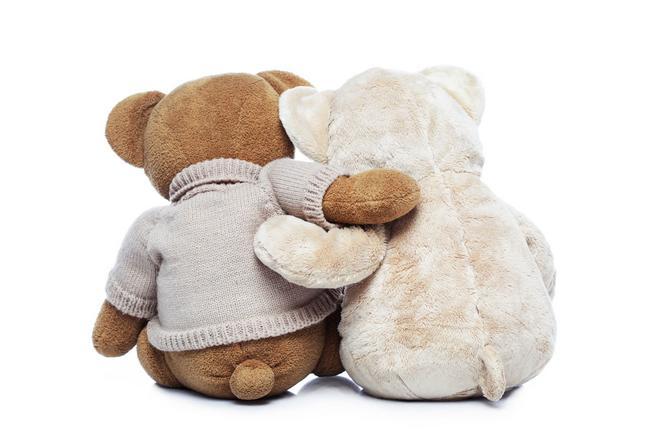 Roditelji se plaše da će se jednog dana udaviti zbog parčića tkanine igračaka koje jede.