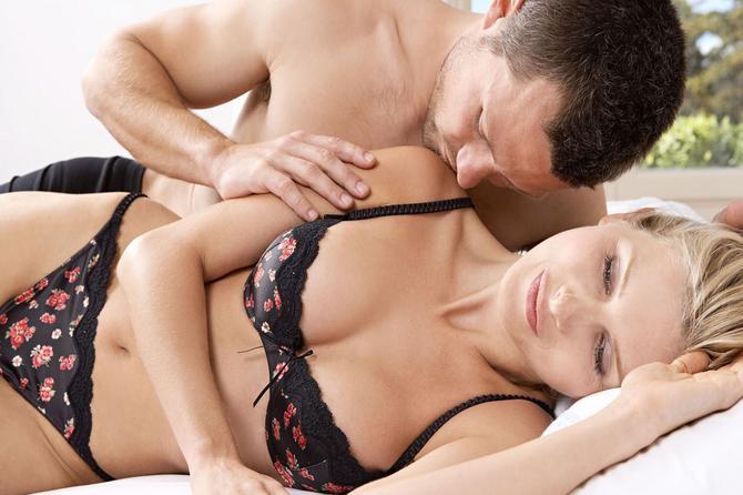 Stvari koje ON uvek primeti tokom seksa, ali o njima nerado govori!