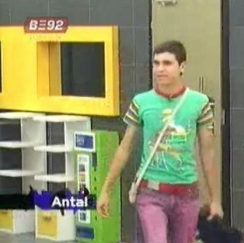 """Učesnik srpskog """"Velikog brata"""" pre 10 godina ubio je svoju majku! Izašao je iz zatvora i izgleda OVAKO!"""