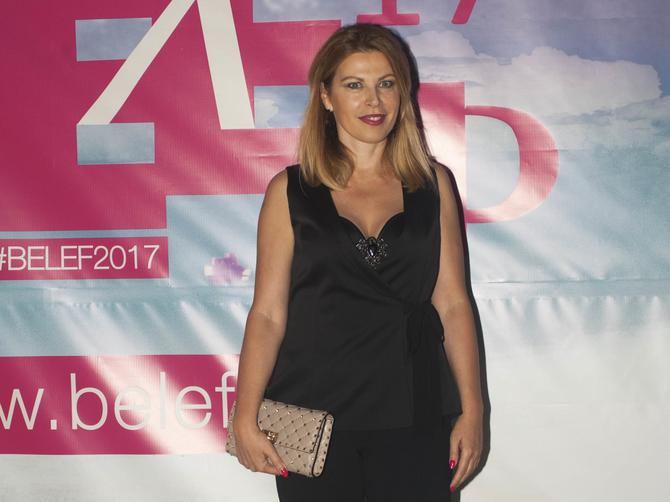 Bila je jedna od najmoćnijih žena u Srbiji: Pojavila se sinoć u Beogradu i nikada bolje nije izgledala!
