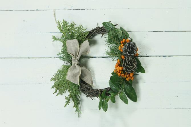 URADI SAMA: Novogodišnji venac iz prirode biće najlepši ukras vašeg doma
