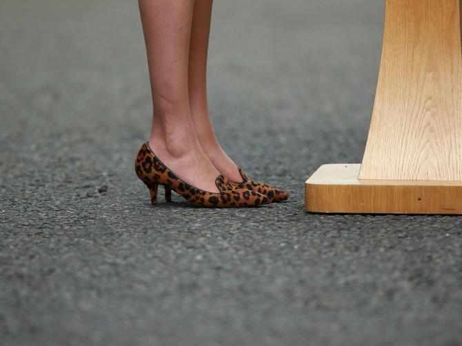 Postala je premijerka i odmah je privukla pažnju originalnim cipelama!