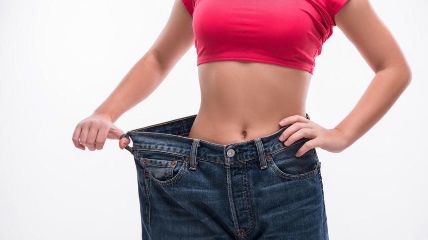 Jak mierzyć obwody ciała? Wskazówki, jak zmierzyć obwód bicepsa, barków, talii, bioder i ud