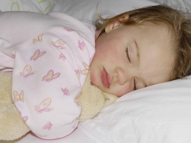 Evo pomoći ako vam dete mokri u krevet