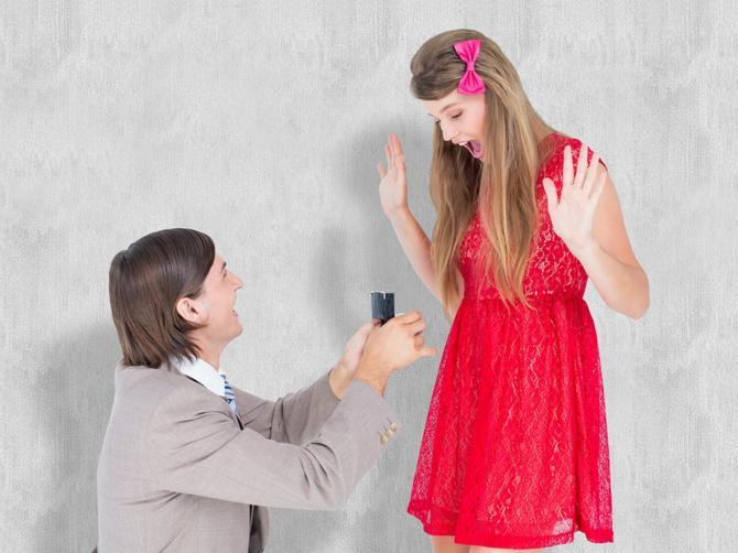 Da li ste za brak?  Kome papir prija, a koga BURMA steže?