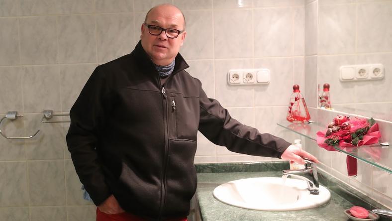 Ifjabb Klapka György az elmúlt hónapokban felújította, átalakította a lakást, végül nyomott áron, de talált rá vevőt is /Fotó: Gy.Balázs Béla