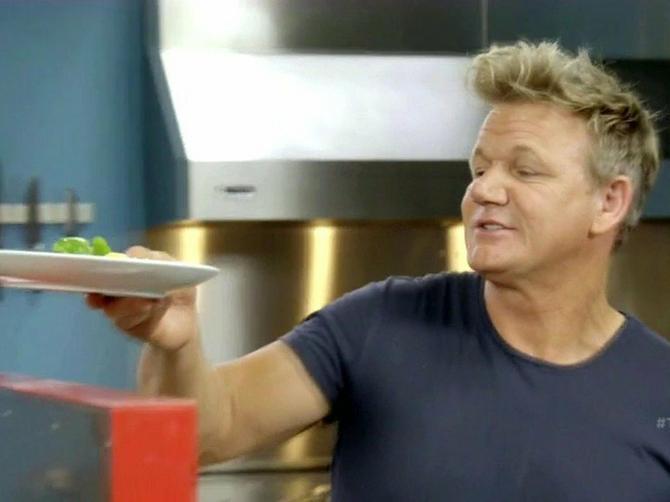 Recept za DORUČAK IZ SNOVA kuvara Gordona Remzija zaludeo je internet: Treba vam samo 3 sastojka, a prave ga i POČETNICI!