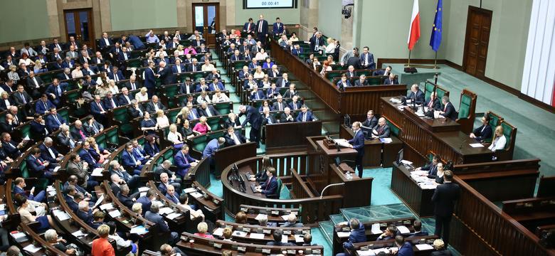 Sejm przyjął uchwałę dotyczącą Wołynia ze stwierdzeniem o ludobójstwie