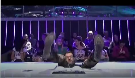 Aca Lukas pao sa stolice na snimanju emisije Zvezde Granda!