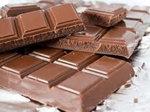 daj jej czekoladke i juz niech nie wymysla!