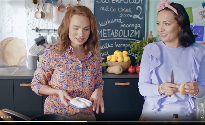 Ania Starmach i Kinga Paruzel gotują pyszne, kurkumowe curry podkręcające metabolizm