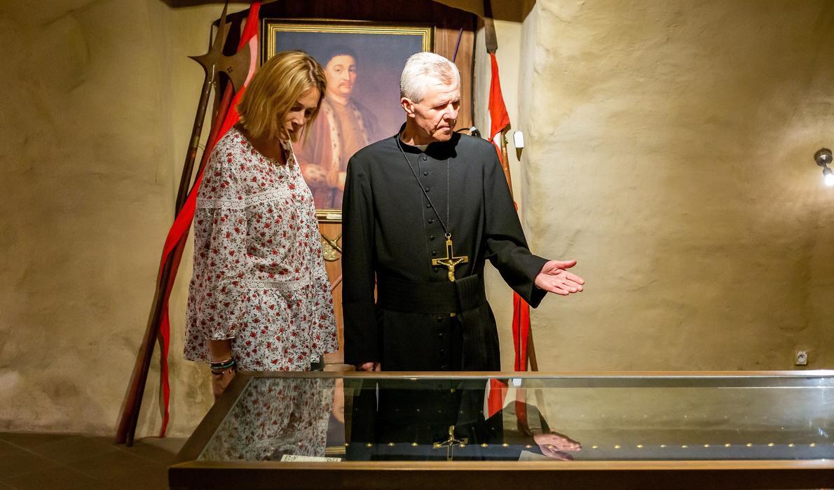 Jeremi Wiśniowiecki i tajemnice Świętego Krzyża