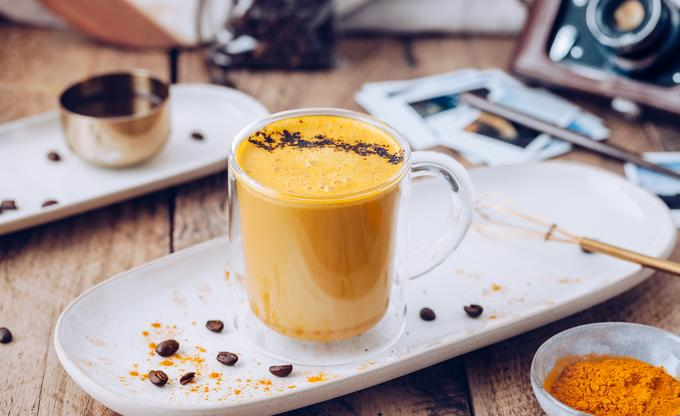 Kurkumowe latte
