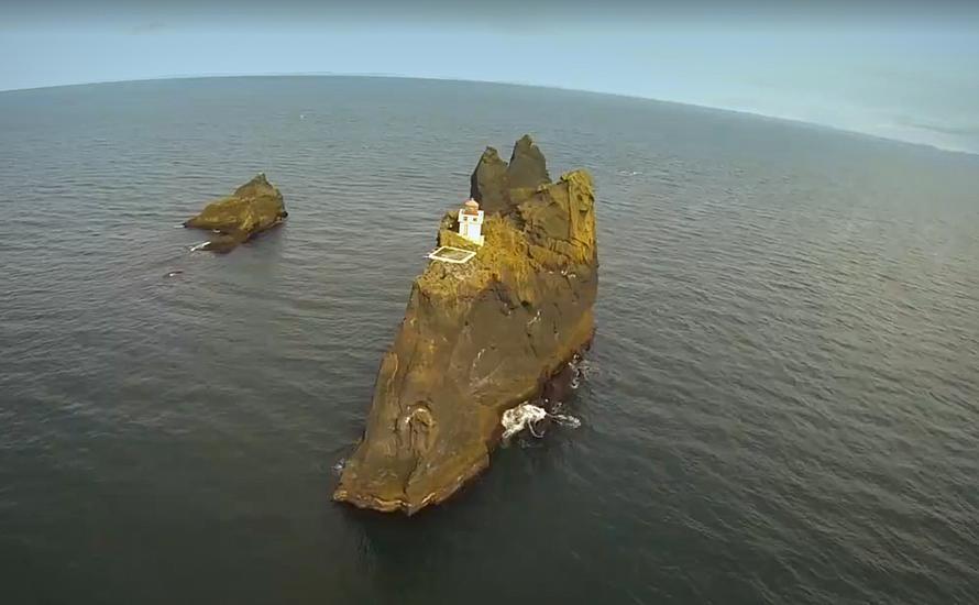 Þrídrangaviti - najbardziej samotna latarnia morska na świecie