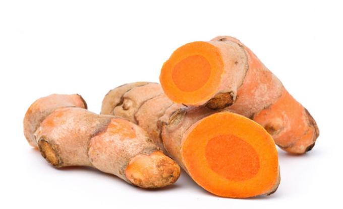 Ochrona organizmu przed wirusami kryje się w naturalnych produktach.