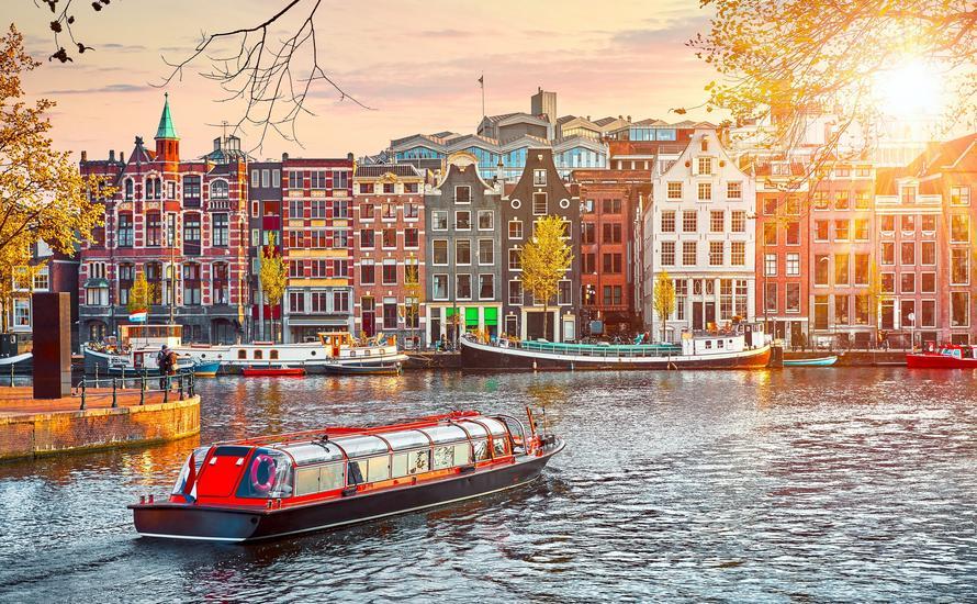 Amsterdam na weekend: atrakcje i przewodnik po stolicy Holandii