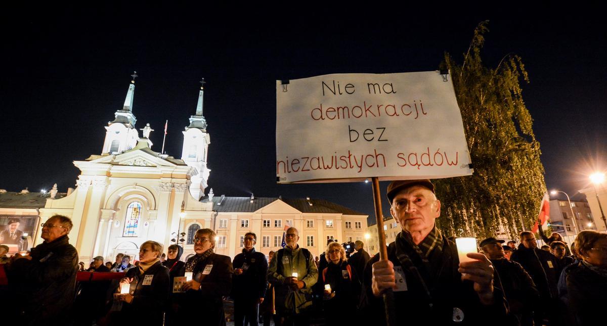"""Protest """" Wolne s?dy """" w Warszawie"""