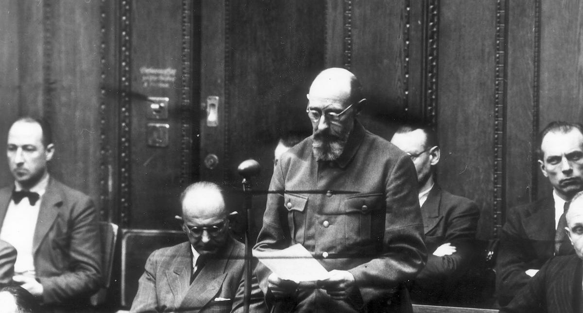 Einsatzgruppenprozess - Paul Blobel erklrt sich fr 'nicht schuldig'