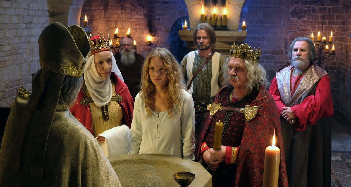 """Królowa seriali i""""Korona królów"""""""