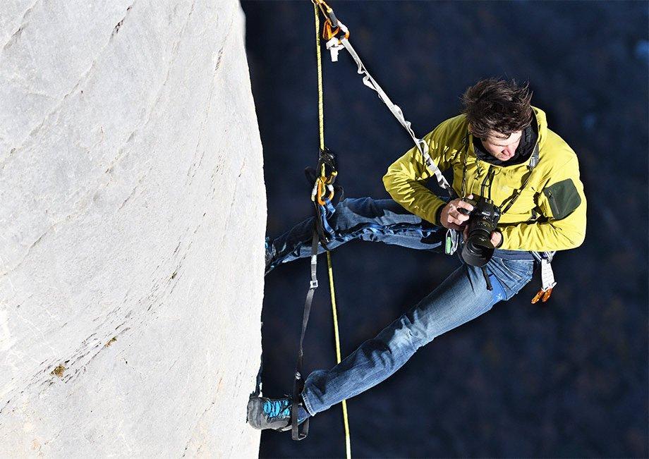 nikon_dslr_d500_agility_rock_climbing--original[1]