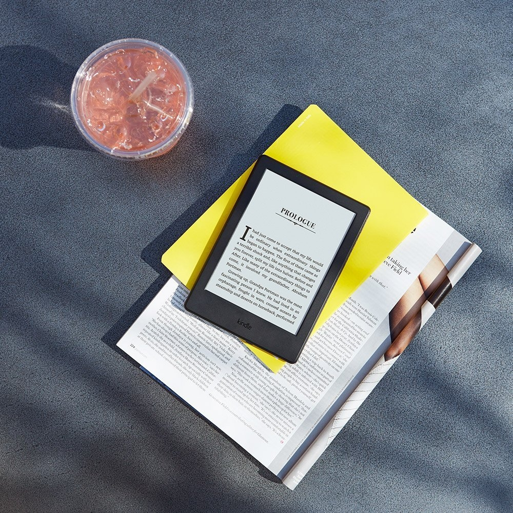 kindle-8-touch-lifestyle2