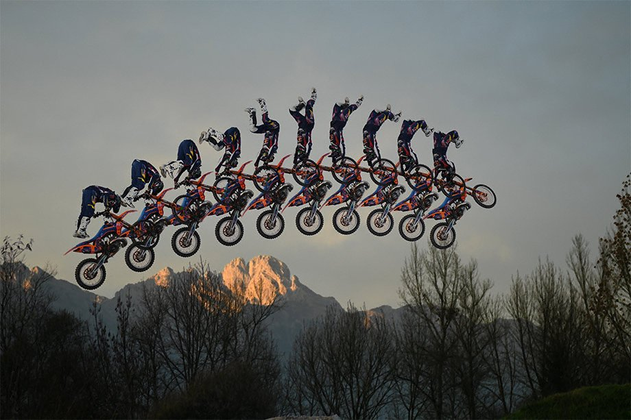 nikon_dslr_d500_motorbike_speed_sports--original[1]